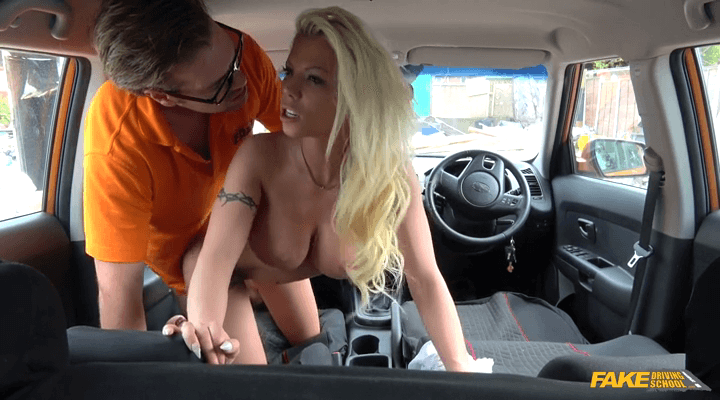FakeDrivingSchool: Sexy Babe Creampied on First Lesson – Barbie Sins
